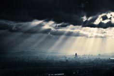 Taipei City by Hung Bo-Wen, via 500px