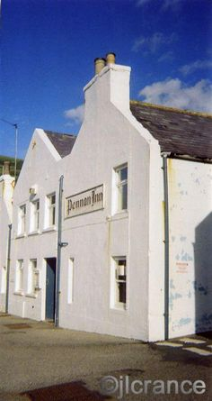 Pennan Inn, from the movie Local Hero Best Pubs, Local Hero, Funny Movies, Highlands, Genealogy, Dna, Countryside, All About Time, Scotland