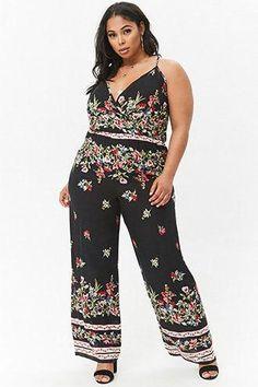 5c55e67cddcf Plus Size Floral Surplice Wide-Leg Jumpsuit  Oficinajeansoutfit Overall  Shorts