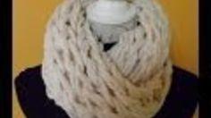 Snel, makkelijk, erg leuk en... je hebt enkel je armen ervoor nodig! Oké, plus een bol dikke wol voor een winterwarme shawl of textielgaren voor een zomersjaal. ***Een colsjaal breien op je armen, doe je zo!*** - Instructies - Weethetsnel.nl