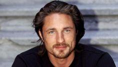 Grey's Anatomy Saison 12 : Martin Henderson rejoint le casting, est-il le digne remplaçant de Patrick Dempsey ?
