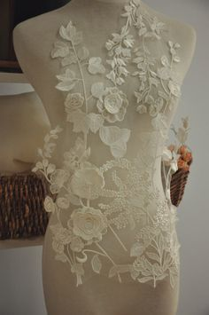 Luxury 3D Venice Lace Applique Bridal Gown Wedding Dress