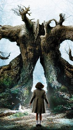 "EL LABERINTO DEL FAUNO        PAN'S LABYRINTH ""Me? I've had so many names. Old names that only the wind and the trees can pronounce. I am the mountain, the forest and the earth. I am... I am a faun."""