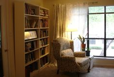 Redesigning senior living spaces to feel less institutional Interior Architecture, Interior Design, Dementia Care, Elderly Care, Assisted Living, Personal Hygiene, Senior Living, Caregiver, House Rooms