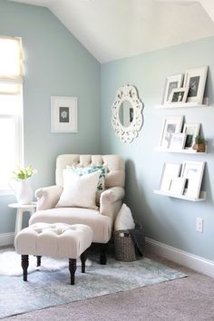 My cozy office nook is complete! Come see how we transformed this blank, boring space into a functional and beautiful office! : My cozy office nook is complete! Come see how we transformed this blank, boring space into a functional and beautiful office! Home Office Design, Home Office Decor, Unique Home Decor, Home Decor Bedroom, Diy Home Decor, Office Ideas, Office Designs, Office Furniture, Small Office Decor