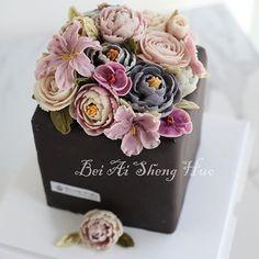 #场景蛋糕 #flowercakeclass #艺林蛋糕美学 #彩绘蛋糕 #创意蛋糕 #buttercreamcake #豆沙裱花