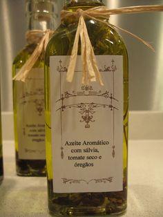 Que tal presentear d eforma diferente? Uma bela garrafa, uma Pedra de Sal, Azeites  e Aromas
