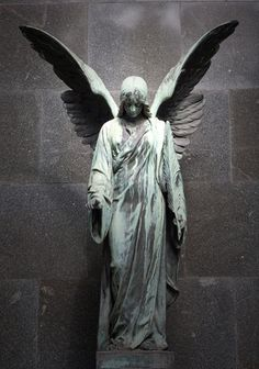 The Christian Medium: 10 Things About Angels