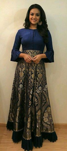 Long Dresses made out of old and Damaged Sarees - Indian Fashion Ideas Lehenga Designs, Salwar Designs, Long Gown Dress, Sari Dress, Anarkali Dress, Saree Gown, Long Dresses, Sari Blouse, Anarkali Suits