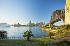 Kirribilli Track Harbour side at North Sydney / photo credit Hamilton Lund