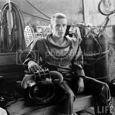 Underwater Pictures, Magazine Pictures, Diving Suit, Leagues Under The Sea, Jules Verne, Disney And More, Great Life, Life Magazine, More Pictures