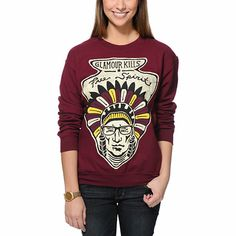 Keep your look free spirited just like you with the Glamour Kills Free Spirit crew neck sweatshirt for girls. This pullover sweatshirt from Glamour Kills comes in a Maroon colorway and has a Free Spirit chief graphic at the front along with a crew neck collar and soft fleece interior for comfort.