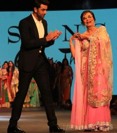 Sadhana does a small jig on stage as Ranbir Kapoor claps at the 9th Annual 'Caring with Style' charity fashion show for Cancer Patients Aid Association. #Style #Bollywood #Fashion #Handsome #Beauty