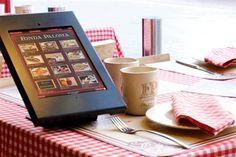 Menu digital sur une table de restaurant - PROavecvous - #pointdevente #digital #magasin #connecté