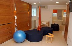 """This birth center room has a """"birth couch""""! Rm 1, Delivery Room, Hospital Room, Hospital Design, Clinic Design, Midwifery, Interior Paint, Centre, Maternity"""