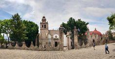 Anteriormente este edifico albergaba un cementerio, un convento y en un tiempo la terminal de autobuses en #Morelia hoy se ha convertido en la Casa de la Cultura uno de los edificios más bonitos en la ciudad!