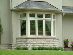 Pictures Of Houses With Bay Windows Decor