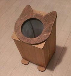 ※受注製作ですので発送まで2週間ほどお時間を頂いています。ネコの顔が正面についた木製のゴミ箱です。穴は小さめですがゴミが入れやすいように蓋の部分は斜めになって...|ハンドメイド、手作り、手仕事品の通販・販売・購入ならCreema。