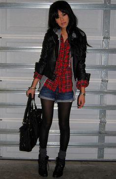 c/ Jaqueta de couro, short jeans e meia calça ♥  #partIII