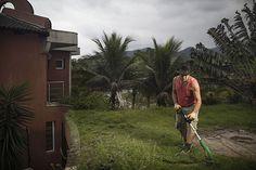 Silvio Gebaile, dono de uma casa noturna em Camburi, no litoral norte, mora em condomínio na praia da Baleia