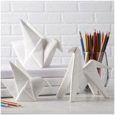 Set of 3 white ceramic origami figurines. Bird Sculpture, Sculptures, Decorative Objects, Decorative Accessories, Origami Set, Origami Animal, Origami Birds, Origami Design, Bliss Home And Design