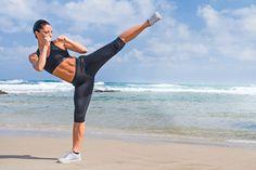 Wer früher startet, ist schneller in Form! Fitness-Expertin Johanna Fellner coacht Sie ab sofort als Personal Trainer – in ihrer dreiteiligen Serie, die Sie bis April bikinifit macht! http://www.shape.de/fitness/workout/a-34408/topfigur-bis-zum-fruehjahr.html