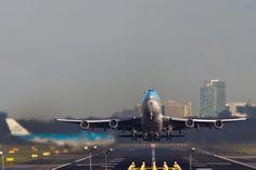 Korean Air Cargo B747 freighter