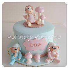 A lovely babyshower cake by kurabiye kamyonu