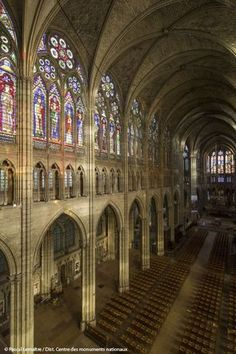 Cathedral Basilica of Saint Denis Cathedral Architecture, Gothic Architecture, Beautiful Architecture, France Love, Time In France, Cathedral Basilica, Cathedral Church, Basilica Of St Denis, Amazing Buildings