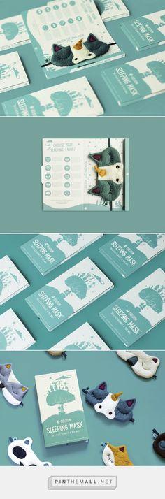 Ööloom Sleeping Masks Packaging Redesign -Packaging of the World - Creative Package Design Gallery - http://www.packagingoftheworld.com/2016/10/ooloom-sleeping-masks-packaging-redesign.html