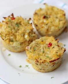 A healthy lunch box idea- savory muffins with quinoa flakes roasted pepper feta & corn. Love Food, A Food, Food And Drink, Savory Muffins, Corn Muffins, Cheese Muffins, Healthy Muffins, Fingerfood Party, Healthy Snacks