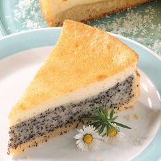 Die besten GU Rezepte mit Qualitätsgarantie: Mohn-Schmand-Torte | Gut vorzubereiten, Ohne Alkohol, Torten | Geprüft, getestet, gelingt garantiert! Food Cakes, Sweet Recipes, Cake Recipes, Bread Recipes, Torte Recipe, Sour Cream Cake, Snacks Sains, Sweets Cake, Savoury Cake