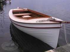 Image from http://shannonboats.com.au/wp-content/gallery/wooden-boats/wooden-boats-01.jpg.