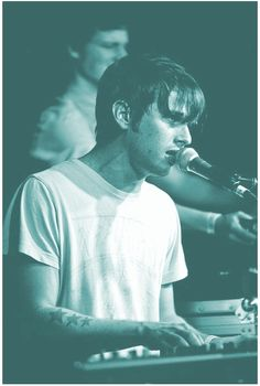 Mark Foster - Foster the People Mark Foster, Music Love, Listening To Music, My Music, Foster The People, Foster Kids, Art Quotes Funny, Papi, Indie Music