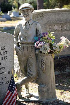 A Golfer's Grave in Bonaventure Cemetery