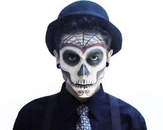 A fine arts student wears make up during the catrina 39 s parade in guadalajara october 26 day of the dead makeup male day of the dead makeup men google search