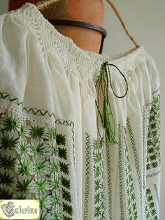 www.breslo.ro/caterine Boho Shorts, Costa, Blouses, Costumes, Popular, Traditional, Embroidery, Women, Fashion