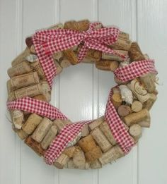 kukka syksyinen - Szukaj w Google 4th Of July Wreath, Burlap Wreath, Wreaths, Google, Home Decor, Decoration Home, Door Wreaths, Deco Mesh Wreaths, Interior Design