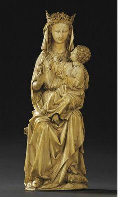 GROUPE EN IVOIRE SCULPTE REPRESENTANT LA VIERGE A L'ENFANT TRONANT PARIS, VERS 1250-1280 | Christie's