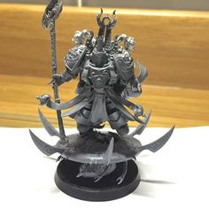 Another True Scaled conversion for Dan's Ahriman & the Exiles army: Amet Skybourne #gamesworkshop #paintingwarhammer #conversion #miniaturemonday #thousandsons #truescale #chaos #40k #warhammer #warhammer40000 #warhammer40k