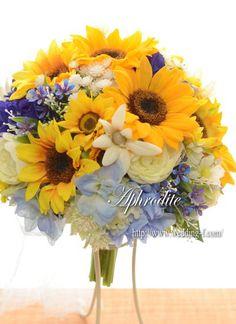 ヴェネチア・フォトウエディング用ブーケ 「ひまわり×ブルー」 Blue Wedding, Dream Wedding, Sunflower Bouquets, Board Ideas, Wedding Bouquets, Amanda, Lavender, Floral Wreath, Fancy
