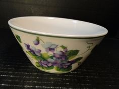 "Waverly Garden Room Sweet Violet Cereal Bowl 5 3/4"" EXCELLENT! Lilac Color, Purple, Sweet Violets, Vintage Dinnerware, Cereal Bowls, Decorating Your Home, In This Moment, Tableware, Garden"