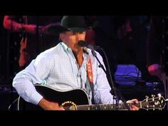 George Strait - Cowboy Rides Away - His farewell concert, and last song of the show. I'm gonna miss waiting for a new album and a new release :/ Country Music Videos, Country Music Singers, Country Songs, Best Song Ever, Greatest Songs, Music Love, My Music, Strait Music, George Strait Family