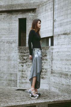 zero waste fashion and felting photography: Monia Merlo