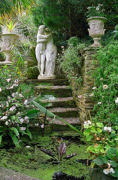 Lamorran House Gardens, Cornwall, UK | A coastal garden featuring romantic garden statues (8 of 11)