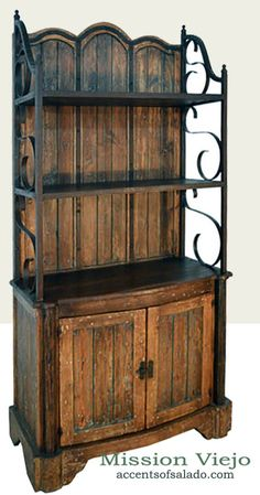♥ Western Furniture at Accents of Salado.