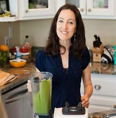 Awesome Raw Vegan Food Bloggers to Follow