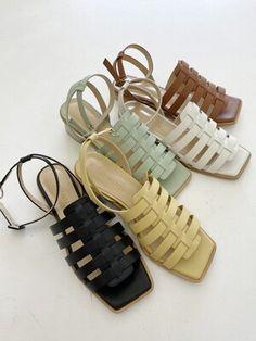 Blue Sandals, Gladiator Sandals, Huarache, Bed Workout, Ladies Sandals, Ladies Shoes, Shoe Shop, Fashion Shoot, Me Too Shoes