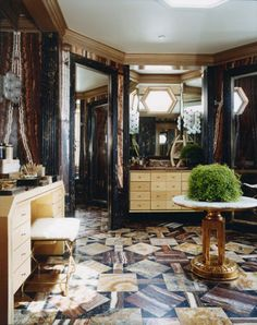 Habitually Chic®: Hillcrest Hideaway