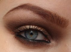 super flattering and ideal smokey eye for fair skin/blue eyes